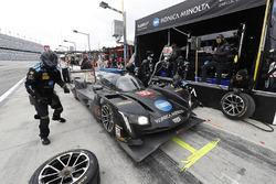 La #10 Wayne Taylor Racing Cadillac DPi: Ricky Taylor, Jordan Taylor, Max Angelelli, Jeff Gordon aux stands