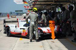 #2 Porsche LMP Team Porsche 919 Hybrid: Timo Bernhard, Earl Bamber, Brendon Hartley