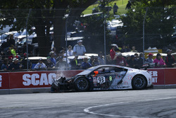 #93 RealTime Racing Acura NSX GT3: Peter Kox, crash