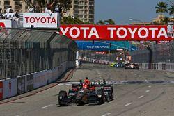 Damalı bayrak: James Hinchcliffe, Schmidt Peterson Motorsports Honda