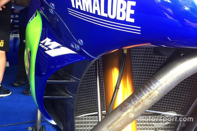 Valentino Rossi, Yamaha Factory Racing, detalle de motocicleta