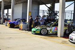 #810 MP3B BMW 325, Rhamses Carazo, Carter Fartuch, TLM USA, #60 MP1B Porsche GT3 Cup, Bryan Ortiz, Sebastian Carazo, TLM USA