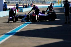 Jose Maria Lopez, DS Virgin Racing, in the pits