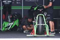 Paddock Manual Tech KYT Kawasaki Racing