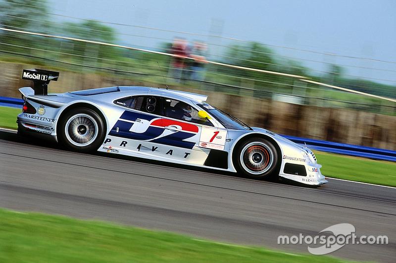 #1 AMG Mercedes-Benz CLK-GTR: Bernd Schneider, Mark Webber