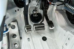 Peugeot 308 Racing Cup, dettaglio della pedaliera