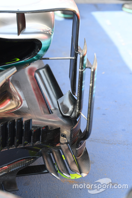 Mercedes-Benz F1 W08 Hybrid sidepod detail