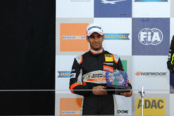 Rookie Podium: Jehan Daruvala, Carlin, Dallara F317 - Volkswagen