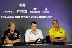 Bob Fernley, directeur adjoint Force India, Eric Boullier, directeur de la compétition McLaren, Cyril Abiteboul, directeur général Renault Sport F1 Team, lors de la conférence de presse
