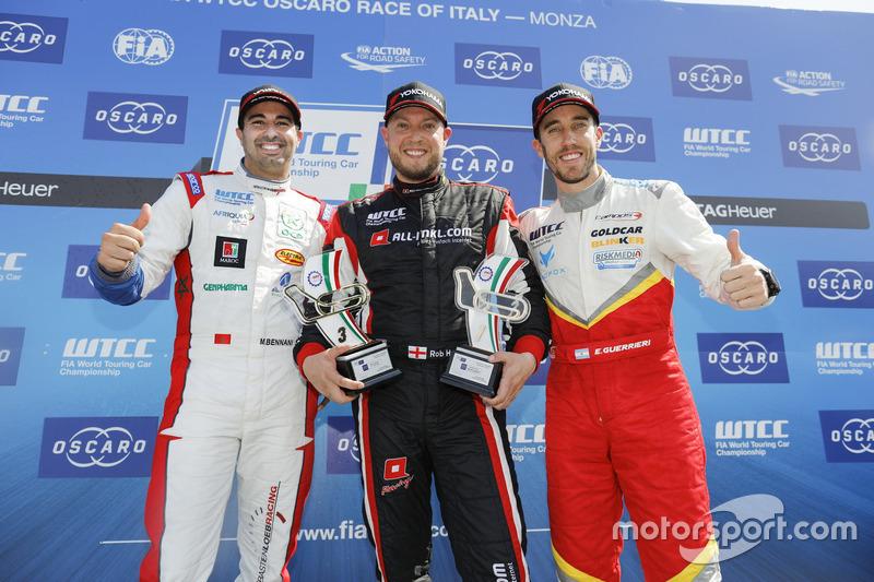 Trophy Podium: first place Rob Huff, All-Inkl Motorsport, Citroën C-Elysée WTCC, second place Mehdi Bennani, Sébastien Loeb Racing, Citroën C-Elysée WTCC, third place Esteban Guerrieri, Campos Racing, Chevrolet RML Cruze TC1