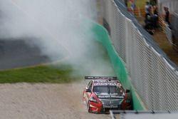 Crash: Simona De Silvestro, Nissan Motorsports