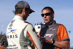 Daniel Suárez, Joe Gibbs Racing Toyota en Dave Rogers
