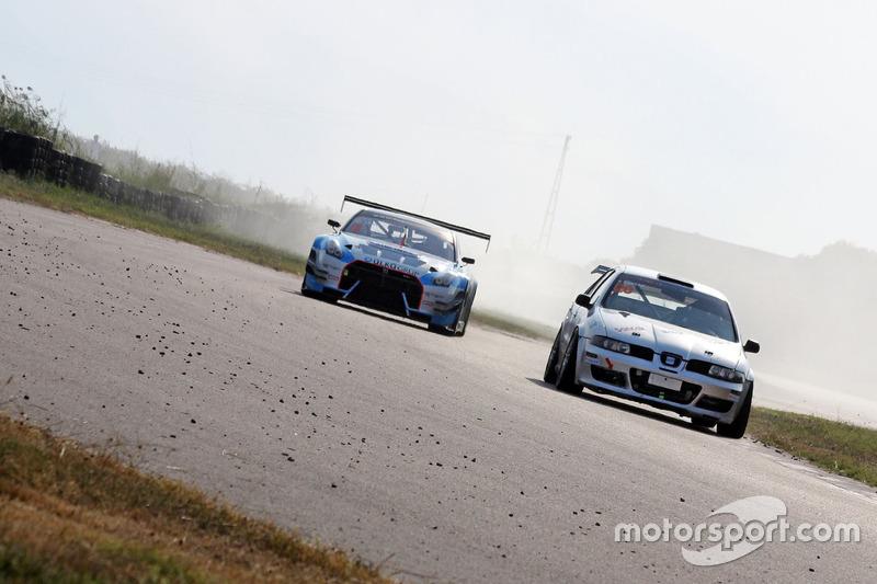 #20 Tamer Sancak, Ülkü Motorsport, Seat Leon Cupra-R, #3 Ülkü Motorsport, Ümit Ülkü, Nissan Skyline