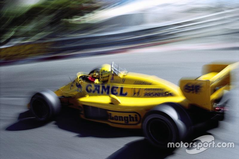 Переможець гонки Айртон Сенна,  Lotus-Honda