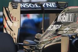 Détails de l'aileron arrière de la McLaren MP4-31