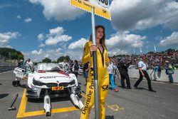Grid girl, Martin Tomczyk, BMW Team Schnitzer, BMW M4 DTM