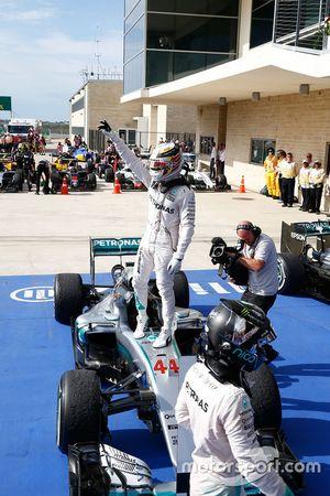 1. Lewis Hamilton, Mercedes AMG F1 W07