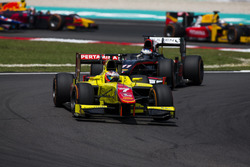 Mitch Evans, Pertamina Campos Racing leads Gustav Malja, Rapax