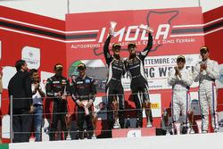 Podio S.GT3 Gara 2: al secondo posto Mapelli-Albuquerque, Audi Sport Italia, i vincitori Bortolotti-