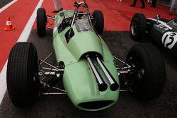 #4 Lotus 24 (1962): Andrew Beaumont