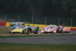 #52 Lola T212 (1971): Robert Oldershaw