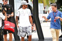 Lewis Hamilton, Mercedes AMG F1 avec Ben Edwards, commentateur BBC