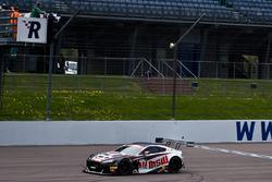 #17 TF Sport Aston Martin Vantage GT3: Derek Johnston, Jonny Adam takes the win