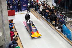 L'équipe olympique de bobsleigh
