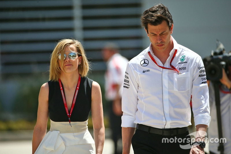 Toto Wolff Mercedes Gp Executive Director With His Wife Susie Wolff At Bahrain Gp