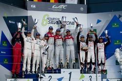 Podium : Marcel Fässler, Andre Lotterer, Benoit Tréluyer, Audi Sport Team, Romain Dumas, Neel Jani, Marc Lieb, Porsche Team, Stéphane Sarrazin, Mike Conway, Kamui Kobayashi, Toyota Racing