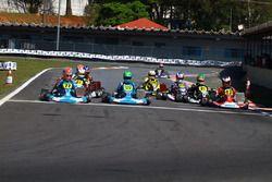 Largada do Mazda Road to Indy em Interlagos