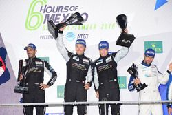 LM GTE Am primer lugar Khaled Al Qubaisi, David Heinemeier Hansson, Patrick Long, Proton Racing