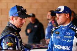 Greg Biffle, Roush Fenway Racing, Ford; Ricky Stenhouse Jr., Roush Fenway Racing, Ford