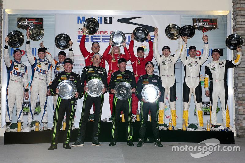 Class podium: DP winners Johannes van Overbeek, Scott Sharp, Ed Brown, Pipo Derani, ESM Racing, PC w