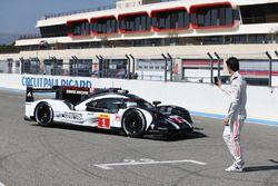 #1 Porsche Team, Porsche 919 Hybrid: Timo Bernhard, Mark Webber, Brendon Hartley; #2 Porsche Team, P