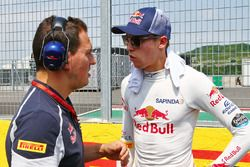 Daniil Kvyat, Scuderia Toro Rosso on the grid