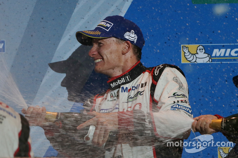Podium: derde Mike Conway, Toyota Racing