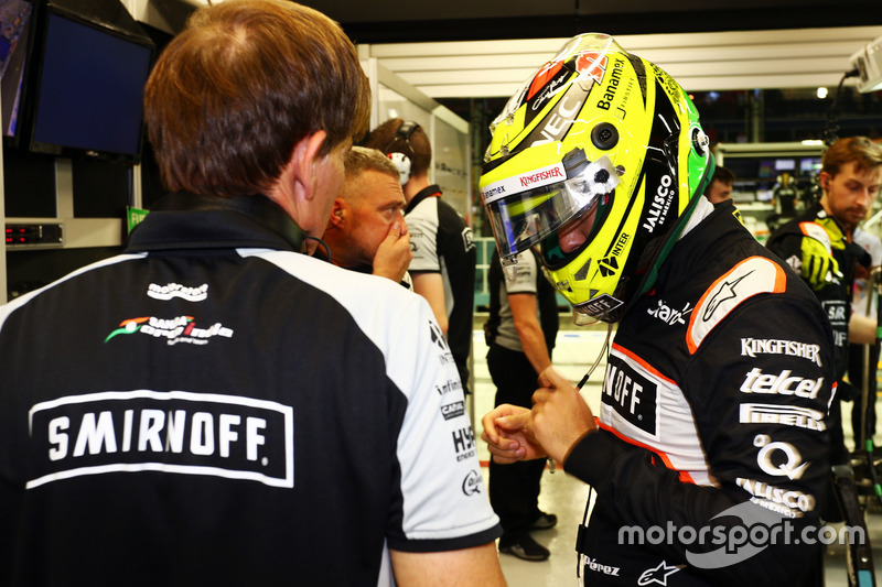 Sergio Perez, Sahara Force India F1 with Xavi Martos, Sahara Force India F1 Team Physio