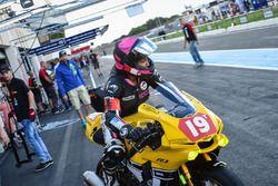 #19, Girls Racing Team, Yamaha: Jolanda van Westrenen, Melissa Paris, Muriel Simorre