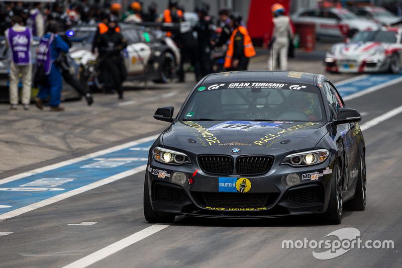 #171 Race-House Motorsport, BMW M 235 i: Dag von Garrel, Carsten Ohlinger,Olivier Fourcade, Meyrick Cox