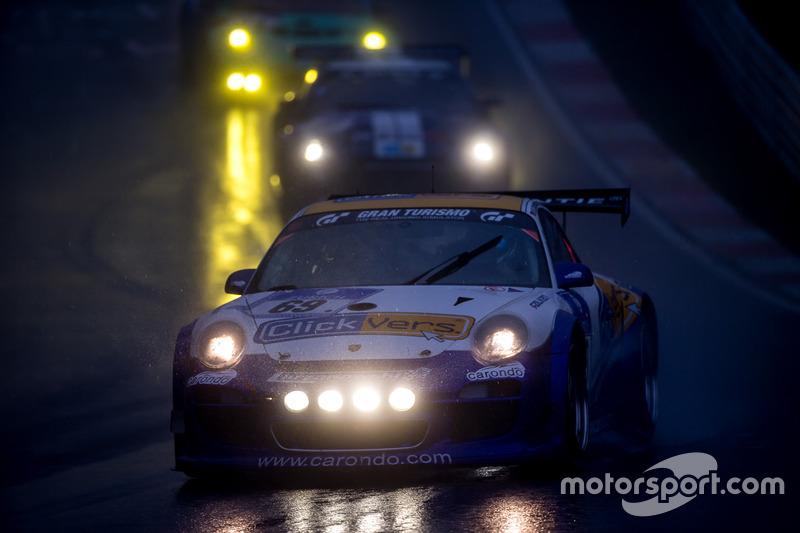 #69 Clickvers.de Team, Porsche 997 GT3: Robin Chrzanowski, Kersten Jodexnis, Marco Schelp, Peter Sch