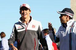 Esteban Gutiérrez, Haas F1 Team con Felipe Massa, Williams