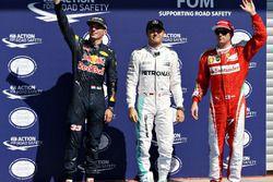 Le top 3 des qualifications : Nico Rosberg, Mercedes AMG F1; Max Verstappen, Red Bull Racing et Kimi Raikkonen, Ferrari