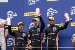 Podio LMP2: segundo lugar #38 G-Drive Racing Gibson 015S-Nissan: Simon Dolan, Giedo van der Garde, H