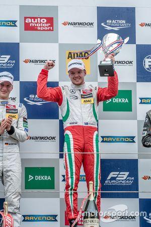 Podium, Nick Cassidy, Prema Powerteam Dallara F312 - Mercedes-Benz