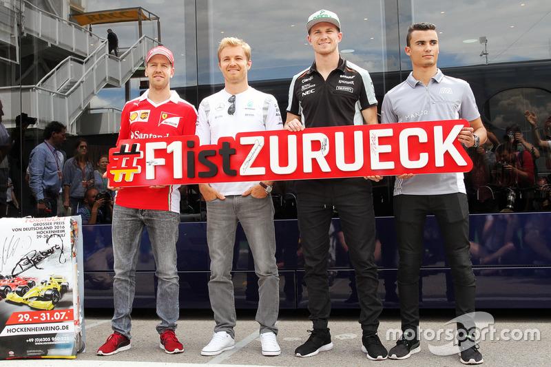 (Da Sx a Dx): Sebastian Vettel, Ferrari; Nico Rosberg, Mercedes AMG F1; Nico Hulkenberg, Sahara Force India F1; e Pascal Wehrlein, Manor Racing, promuovono il ritorno del Grand Prix di Germania