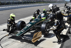 Josef Newgarden, Ed Carpenter Racing Chevrolet, pit action