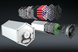 Computerdesign van de cartridge (batterij) STORM Wave, elektrische tourmotorfiets