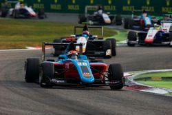 Arjun Maini, Jenzer Motorsport devance Steijn Schothorst, Campos Racing