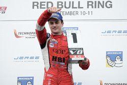 Podium: race winner Aurelien Panis, Arden Motorsport